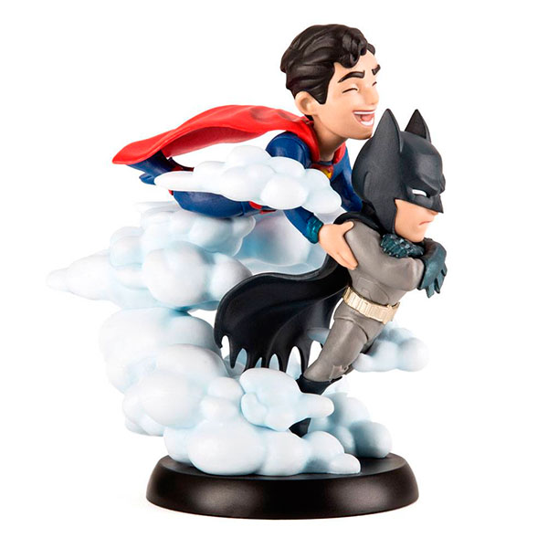 Figura QFig Superman y Batman